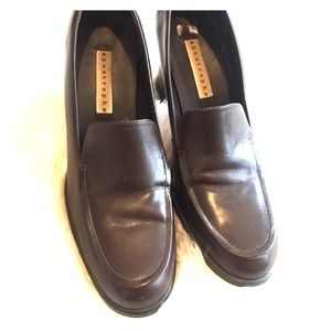SZ 8 Brown Leather Heeled Loafers